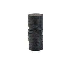 Magnet černý 20mm